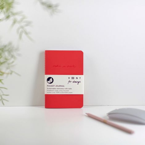 Notizbuch Taschenformat 'Make a Mark' Recycled Leather Lined - Red