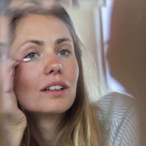 Wiederverwendbares Make-Up Stäbchen